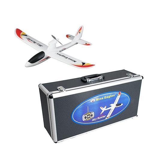 Радиоуправляемый самолет в кейсе Sky Runner NE772B 2.4 GHz RTF