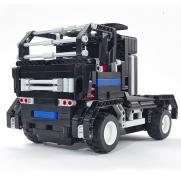 Радиоуправляемый конструктор - грузовик Тягач (483 детали, 28 см, пульт)