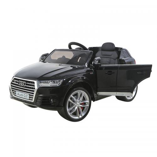 Детский электромобиль с пультом Audi Q7 LUXURY черный