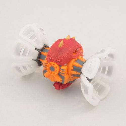 Радиоуправляемый робот-трансформер БАКУГАН (18 см, 20 км/ч, свет, звук)