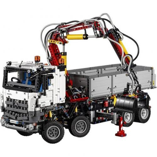 Конструктор Lepin Technics грузовик Mercedes-Benz Arocs 3245